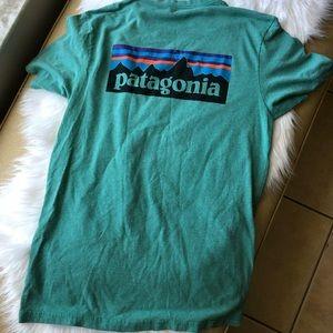 Men's Patagonia T-shirt size medium